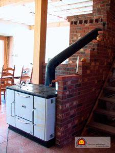 foyer et cuisinière de masse thermique en briques